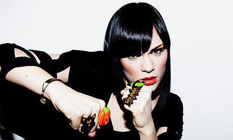 jessie j 7 Jessie J Performs Do It Like A Dude On Rehearsal Rooms