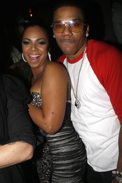 nelly ashanti1 Hot Shots: Nelly & Ashanti Get Close At New Years Party