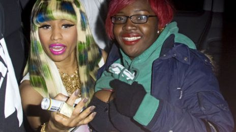 Hot Shots: Nicki Minaj Signs Breasts In Britain