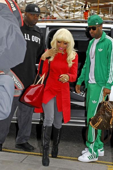 nickiparis Hot Shots: Nicki Minaj Heads To Paris