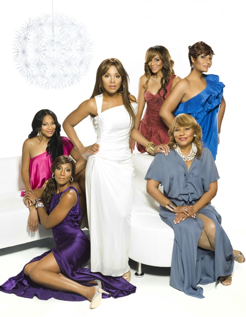 tonifam Hot Shot: Toni Braxton Poses For Braxton Family Values Promo Shot