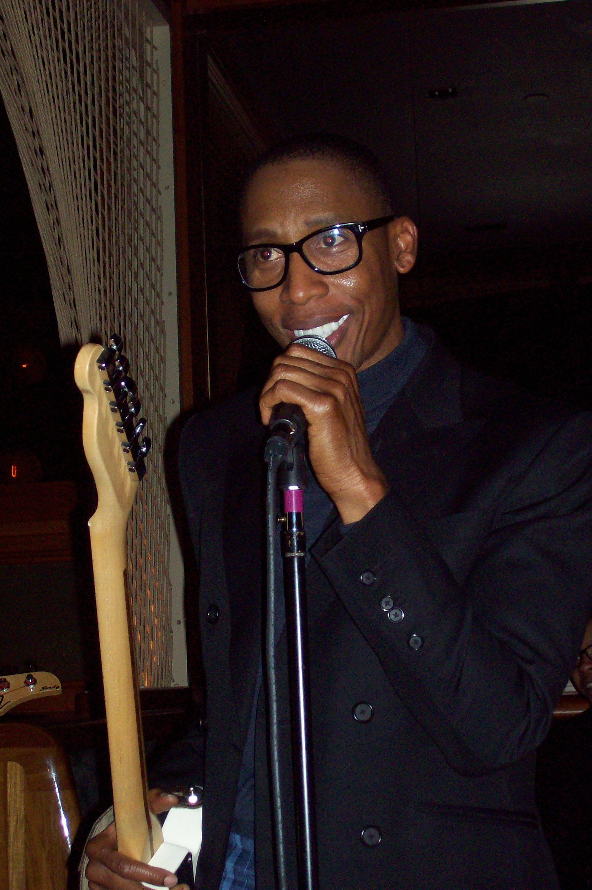100 3306 Raphael Saadiq Rocks New York City; Readies New Material