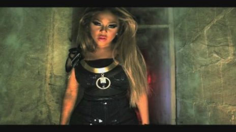New Video: Lil Kim - 'Black Friday'