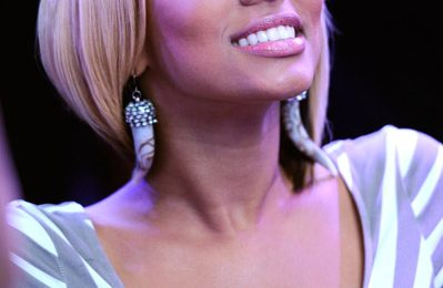 Hot Shot: Keri Hilson Stands Up To Cancer
