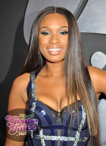 jennifer hudson 2 Grammy Awards 2011: Red Carpet