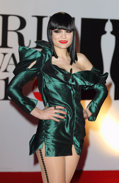 jessie j2 BRIT Awards 2011: Red Carpet
