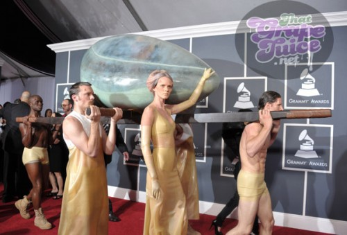 lady gaga egg main 1 e1297636853570 Grammy Awards 2011: Red Carpet