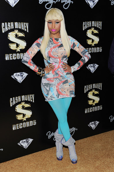 nicki2 Hot Shots: Nicki Minaj, Drake & Omarion Attend Pre Grammy Party