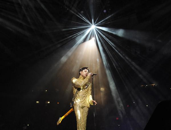 prince1 Prince Says Welcome 2 America & Goodbye To Kim Kardashian