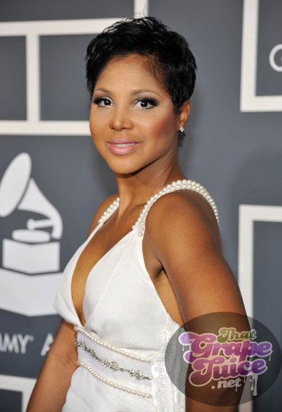 toni braxton grammy 2jpg Grammy Awards 2011: Red Carpet