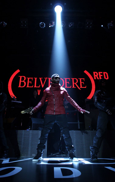 usher6 Hot Shots: Usher Goes Red With BELVEDERE