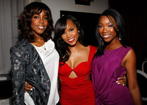 Kelly, Letoya & Brandy