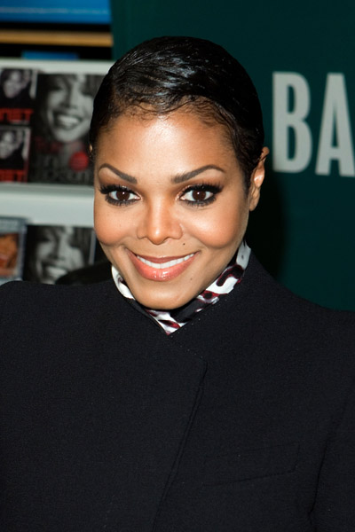 janet2 Hot Shots: Janet Jackson Holds Book Signing In NYC