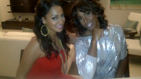 Hot Shot: Kelly Rowland & LaLa Relax In Turks & Caicos