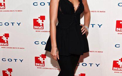 Hot Shots: Rihanna Shimmers At DKMS Gala