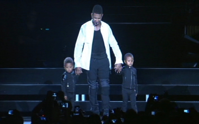 Usher R Orlando stills - 014
