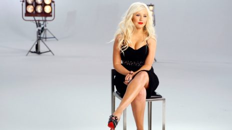 Christina Aguilera Scores First #1 In Ten Years