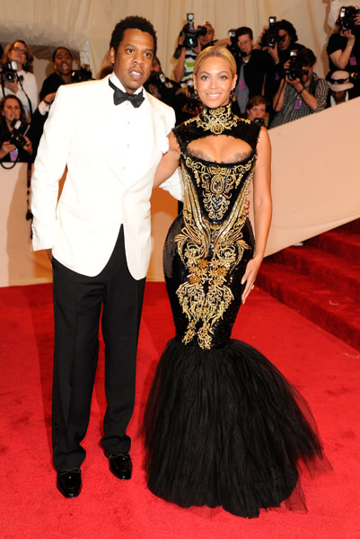 beyonce 2 Hot Shots: Beyonce, Jay Z, Rihanna & More Shine At MET Ball