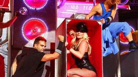 Britney Performs 'Big Fat Bass' Live (Previously Unseen)