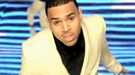 New Video: Chris Brown - 'She Ain't You'