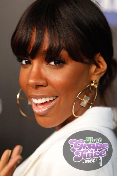kelly 43 Hot Shots: Kelly Rowland Beams At Samsung Launch