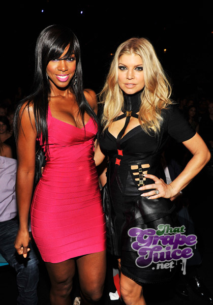 kelly rowland fergie Billboard Awards 2011: Backstage & Audience