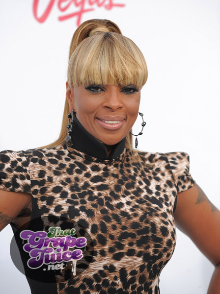 mary j1 Billboard Music Awards: Red Carpet