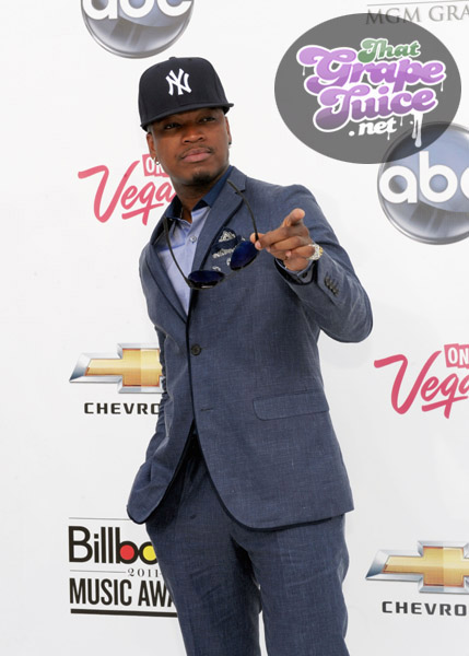 neyo1 Billboard Music Awards: Red Carpet
