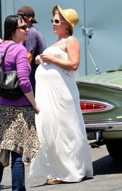 pink pregnant