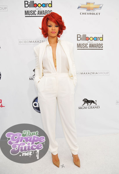 rihanna 45 Billboard Music Awards: Red Carpet
