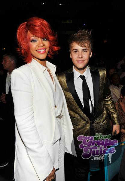 rihanna justin Billboard Awards 2011: Backstage & Audience