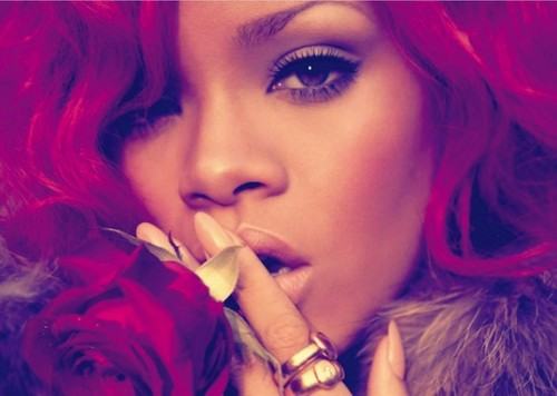 rihanna quiet e1305466109758 Rihanna Tributes Sheila. E on Loud Tour