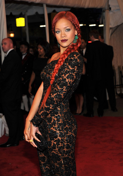 rihanna23 Hot Shots: Beyonce, Jay Z, Rihanna & More Shine At MET Ball
