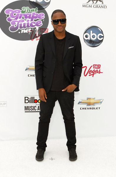 taio1 Billboard Music Awards: Red Carpet