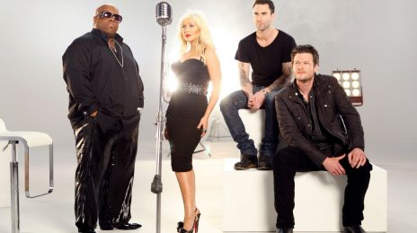 Christina Aguilera Signs On For Season 2 Of 'The Voice'