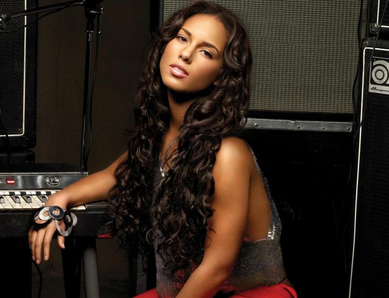 Video Alicia Keys Adressess Role As A New Mother That Grape Juice