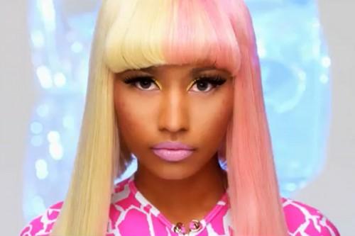 nicki minaj super bass e1310575839250 Nicki Minaj Breaks Female Rapper Record With SuperBass