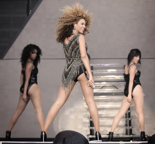 Beyonce oxegen 4 Confirmed: Beyonce To Perform At MTV VMAs 2011