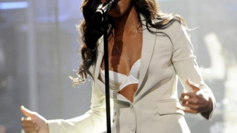 Kelly Rowland Rocks 'The Tonight Show'