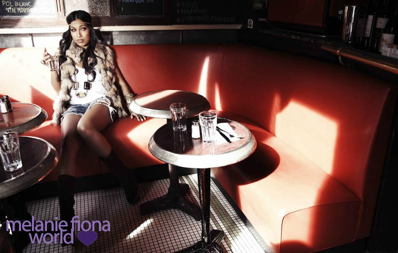 melanie fiona 5 Hot Shots: Melanie Fiona Strikes A Pose In New Promo Pics