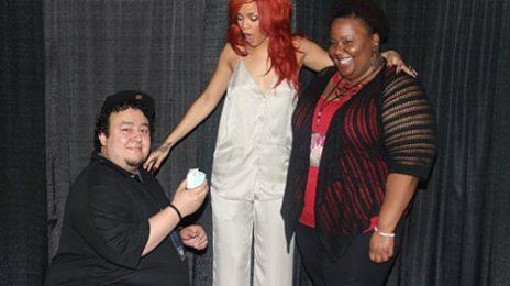 Hot Shots:  Rihanna Fan Proposes During Meet and Greet