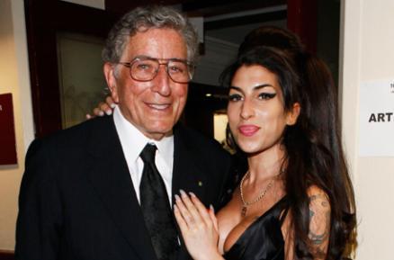 AmyTony g 946567g Amy Winehouses Final Recording Set for September Release