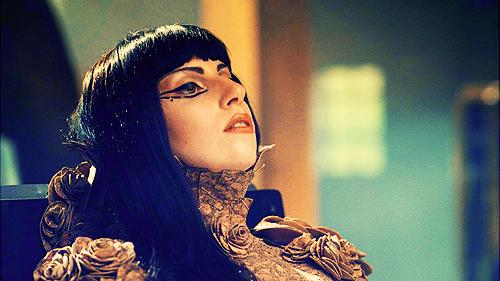GAGA YOU AND I GRAB 3 New Video: Lady GaGa   You & I