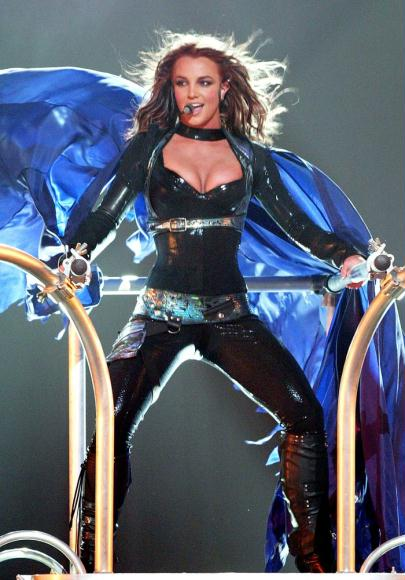 britney spears live concert dvd onyx hotel tour miami ebeb4 Lip Syncing: A Necessary Evil?