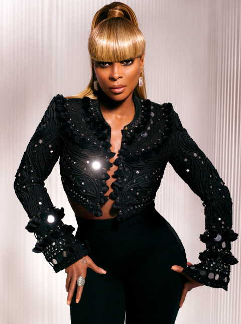 mary j promo pic 12 Watch: Mary J. Blige Blazes GMA Stage