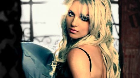 Behind The Scenes: Britney Spears - 'Femme Fatale Tour'