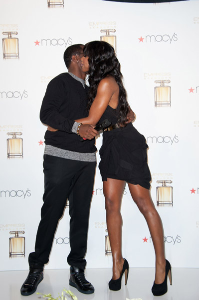 kelly diddy Hot Shots: Diddy Debuts His Empress   Kelly Rowland