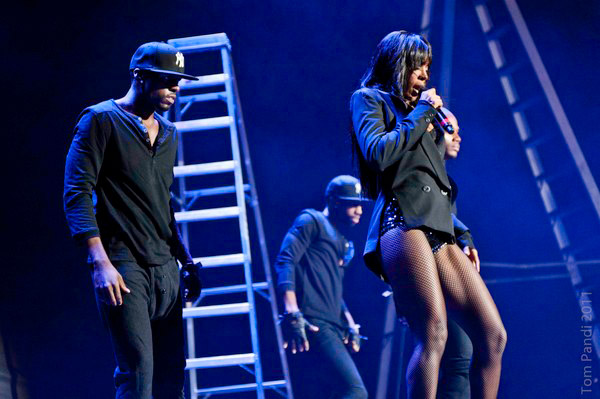 kelly fame tour 2 Hot Shots: Kelly Rowland And Chris Brown Launch F.A.M.E.Tour
