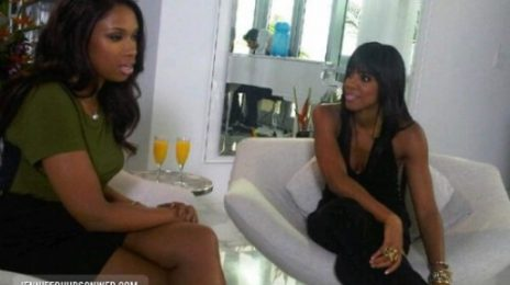 Hot Shot: Jennifer Hudson Helps Kelly Rowland On 'X Factor'
