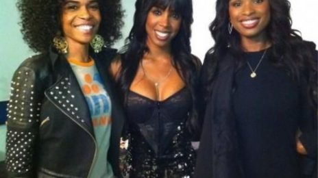 Hot Shot: Michelle Williams & Jennifer Hudson Visit Kelly Rowland At 'F.A.M.E Tour'